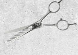 Scissors-500x500px-HH-Simonsen-1st-Edges-5530