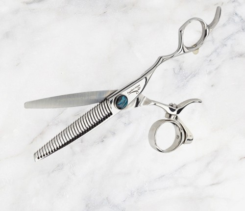 Scissors-500x500px-HH-Simonsen-Excellent-Edges-Fish-Kit-Barracuda-Cubic